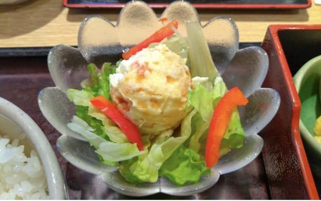 Potato salad arrangement
